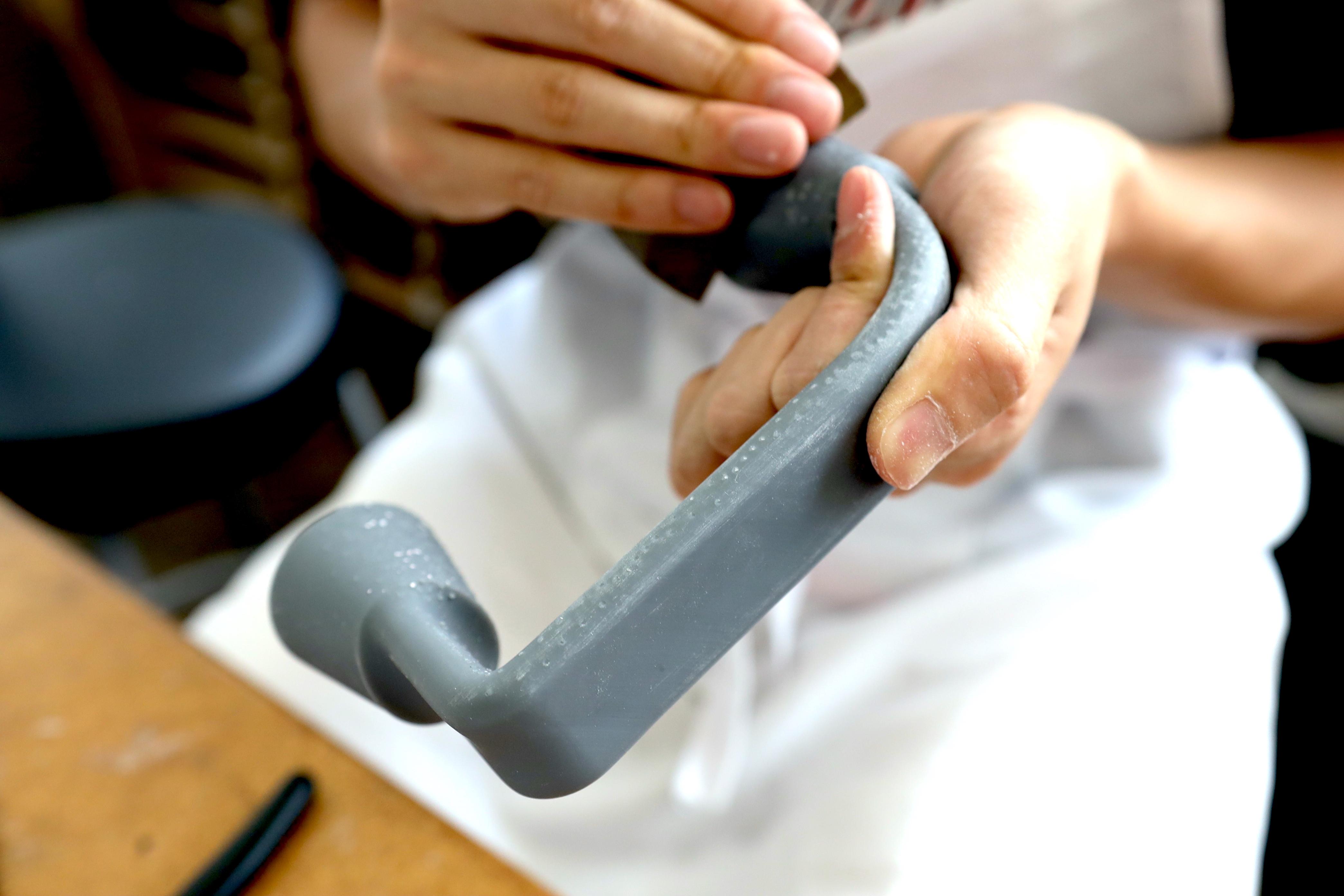3D Printing Materials - Standard Resin - Makelab - Support Removal Sanding