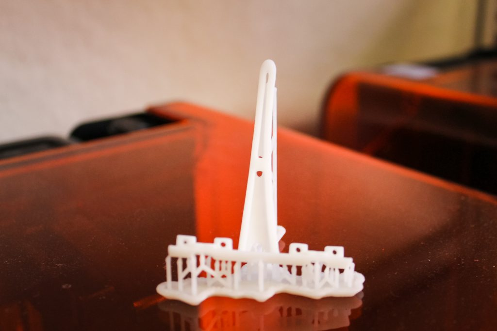 3D Printing Materials - Rigid Resin - Makelab - Finished Part Supports